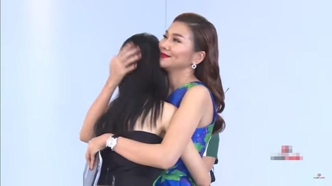 The Face Việt: Võ Hoàng Yến và Minh Hằng liên tục bốp chát nhau trên sóng truyền hình - Ảnh 4.