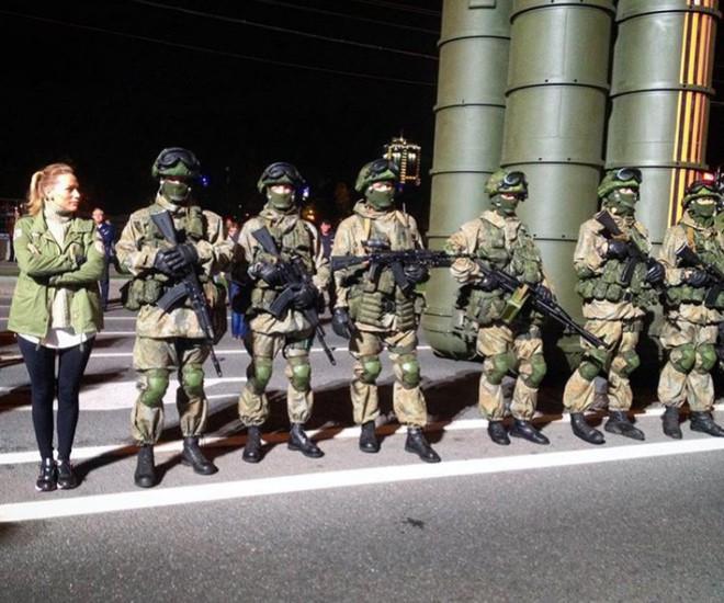 Truyền thông Anh sôi sục: Nga đưa quân, chuyển tên lửa S-300 và Kalibr sang Libya - Ảnh 3.