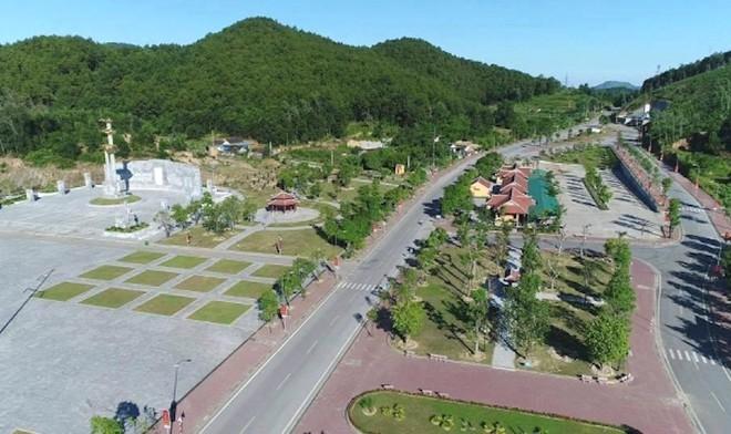 Cảnh hư hỏng, nhếch nhác khó tin ở Khu di tích Truông Bồn hơn 300 tỷ - Ảnh 2.
