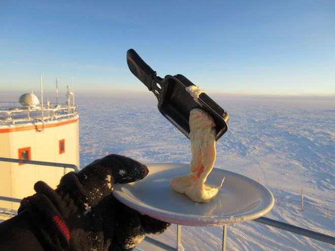 Nhiệm vụ bất khả thi: Nấu ăn ở Nam Cực trong cái lạnh đến -70 độ C - Ảnh 6.