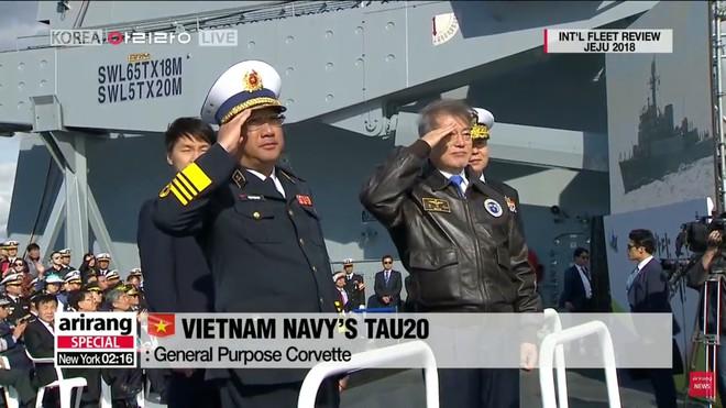 Tư lệnh HQVN và Tổng thống Hàn Quốc tại Lễ duyệt binh tàu chiến quốc tế: VN có tàu mới - Ảnh 6.