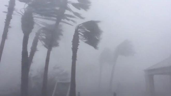 Bão Michael vừa đổ bộ vào Mỹ đáng sợ hơn cả siêu bão Katrina - Ảnh 2.