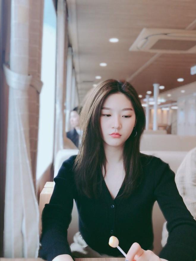 Kim Sae Ron: Sao nhí từng 2 lần đi thảm đỏ Cannes, nhan sắc Kim Yoo Jung, Kim So Hyun cũng phải kiêng dè - Ảnh 22.
