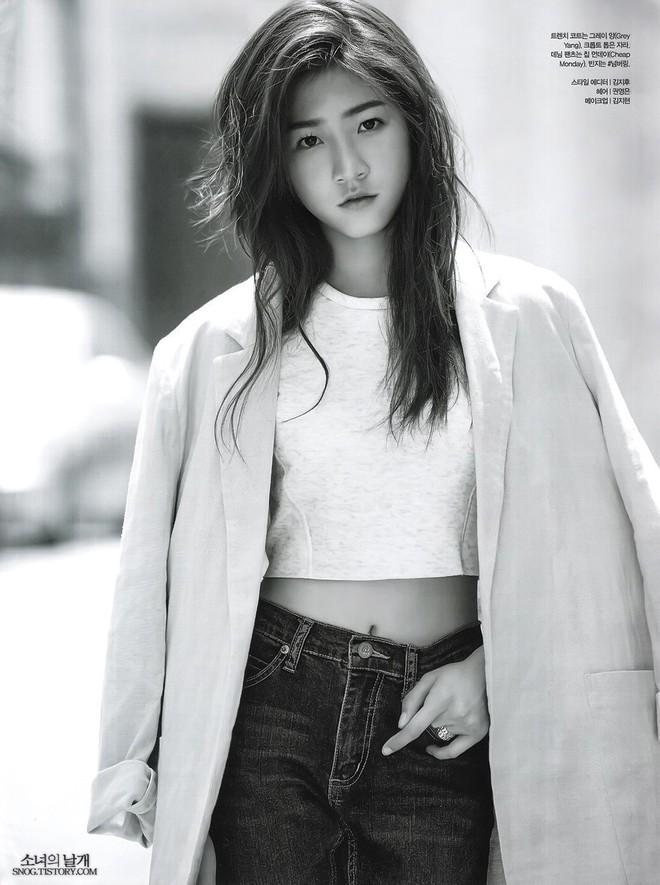 Kim Sae Ron: Sao nhí từng 2 lần đi thảm đỏ Cannes, nhan sắc Kim Yoo Jung, Kim So Hyun cũng phải kiêng dè - Ảnh 10.