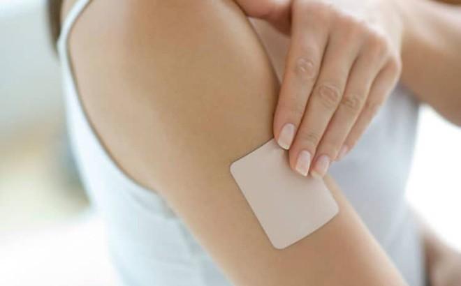 Sử dụng miếng dán tránh thai đúng cách