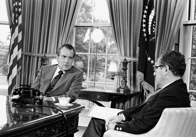 Tình tiết bất ngờ suýt đẩy Mỹ, Liên Xô mộng du rơi vào chiến tranh hạt nhân - Ảnh 1.