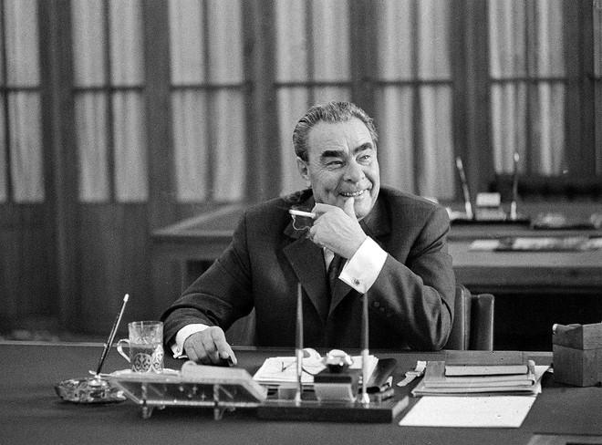 Tình tiết bất ngờ suýt đẩy Mỹ, Liên Xô mộng du rơi vào chiến tranh hạt nhân - Ảnh 2.