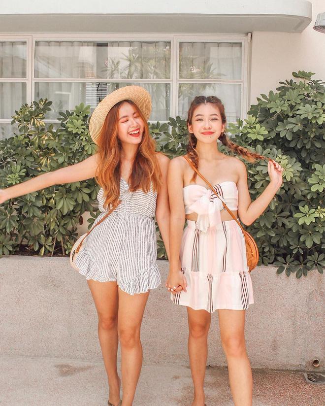 Cặp chị em nổi tiếng Singapore nhờ mặc đẹp, suốt ngày khoe ảnh vi vu du lịch - Ảnh 1.