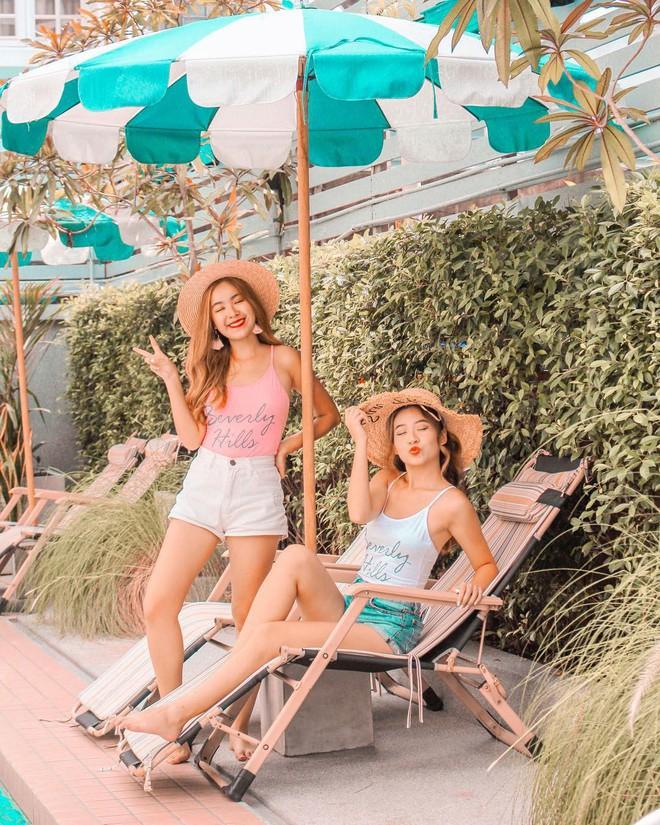 Cặp chị em nổi tiếng Singapore nhờ mặc đẹp, suốt ngày khoe ảnh vi vu du lịch - Ảnh 7.
