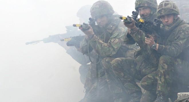 Cách tiếp cận sặc mùi thuốc súng của Mỹ với Iran: NATO của Trung Đông? - Ảnh 2.
