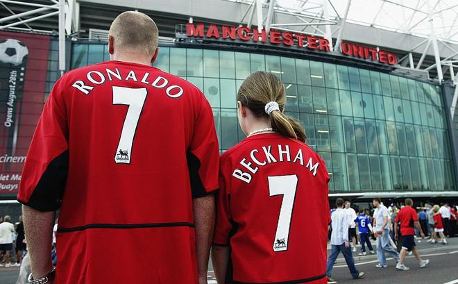 """Huyền thoại Man United """"bỏ rơi"""" Ronaldo để chọn David Beckham"""