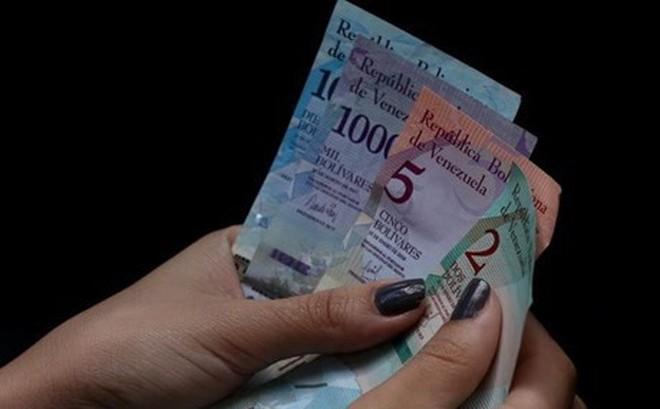 Venezuela loại đồng USD khỏi thị trường hối đoái nhằm trả đũa Mỹ