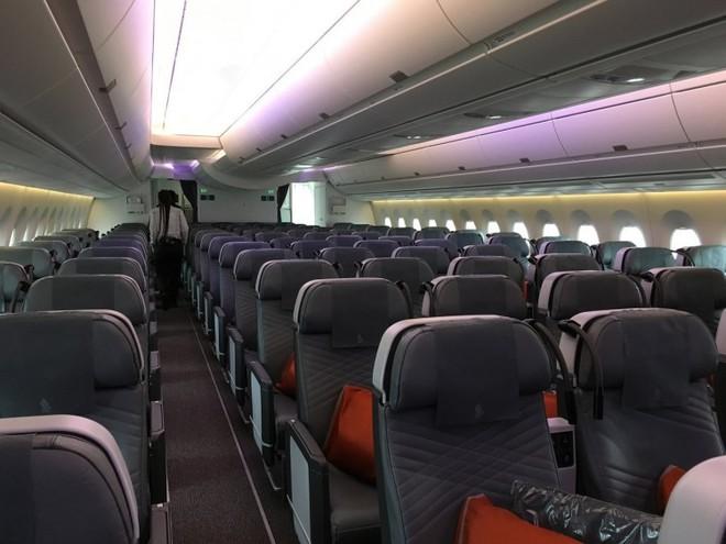 Bên trong máy bay phục vụ đường bay thẳng dài nhất thế giới có gì đặc biệt? - Ảnh 17.