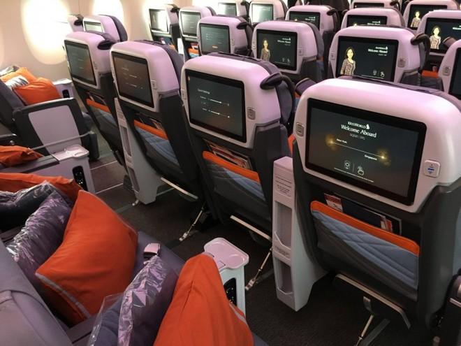 Bên trong máy bay phục vụ đường bay thẳng dài nhất thế giới có gì đặc biệt? - Ảnh 20.