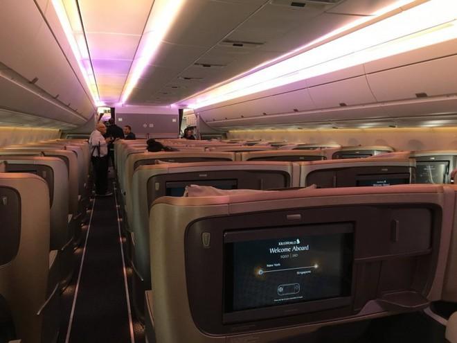 Bên trong máy bay phục vụ đường bay thẳng dài nhất thế giới có gì đặc biệt? - Ảnh 11.