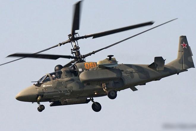 """Cận cảnh trực thăng """"cá sấu"""" Kamov Ka-52 rất lợi hại của quân đội Nga - Ảnh 7."""
