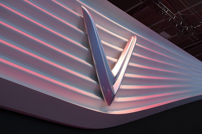 Hé lộ sân khấu VinFast ở Paris Motor Show trước giờ G: Mang cả biểu tượng hoa sen tới nước Pháp - Ảnh 7.