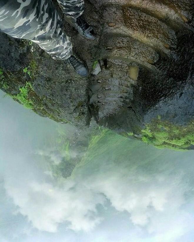 16 cầu thang đáng sợ nhất trên thế giới mà ai nhìn thấy cũng phải bủn rủn chân tay - Ảnh 1.