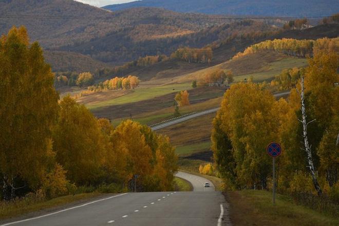 Tháng 10 về, ngắm vẻ đẹp mê ly của mùa thu nước Nga - Ảnh 1.