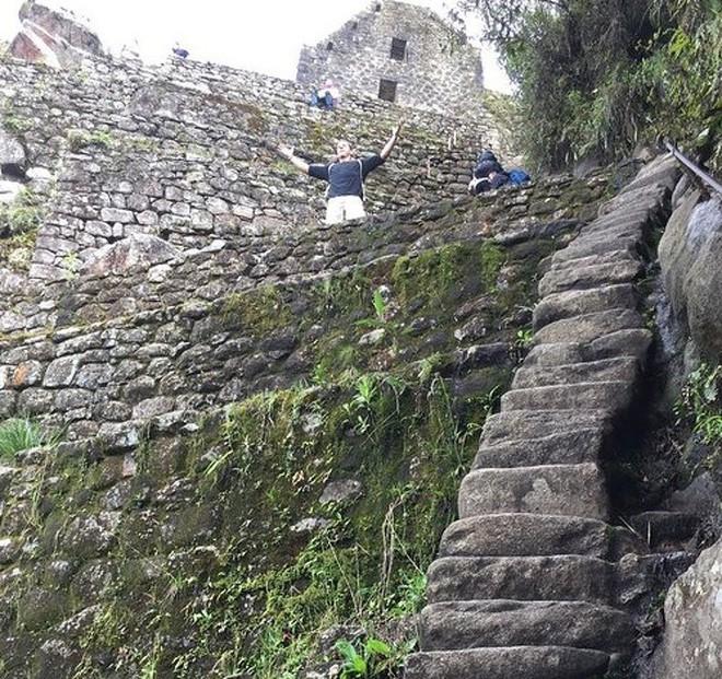 16 cầu thang đáng sợ nhất trên thế giới mà ai nhìn thấy cũng phải bủn rủn chân tay - Ảnh 18.