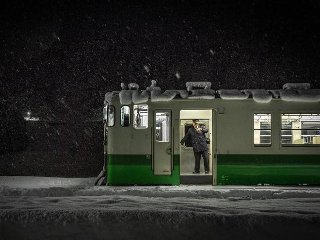 Tadami Line: Chuyến tàu hỏa nhỏ xinh nhất Nhật Bản, đi qua 4 mùa là 4 khung trời khác nhau - Ảnh 23.