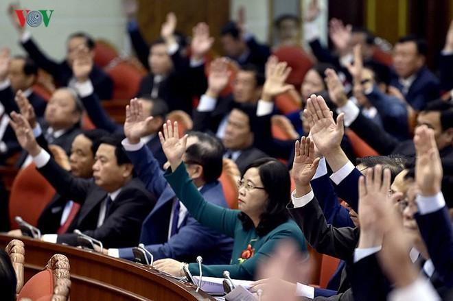 Toàn cảnh khai mạc Hội nghị Trung ương 8 Khóa XII - Ảnh 4.