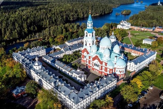 Tháng 10 về, ngắm vẻ đẹp mê ly của mùa thu nước Nga - Ảnh 4.