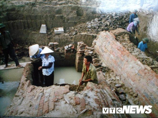 Lạc vào những ngôi mộ cổ khổng lồ như cung điện trong lòng đất ở Hải Dương - Ảnh 3.