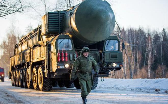 Ukraine lu loa về VK hạt nhân ở Crimea, nghị sĩ Nga mỉa mai: Uống thuốc đi và ngừng ngu dốt!