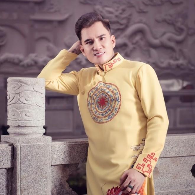Nhan sắc vợ mới cưới, kém 12 tuổi của ca sĩ hội chợ Lâm Chấn Huy - Ảnh 9.