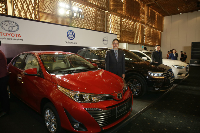 Vietnam Motor Show: Kỷ lục về số lượng xe trưng bày tại một kỳ triển lãm ô tô tại Việt Nam - Ảnh 1.