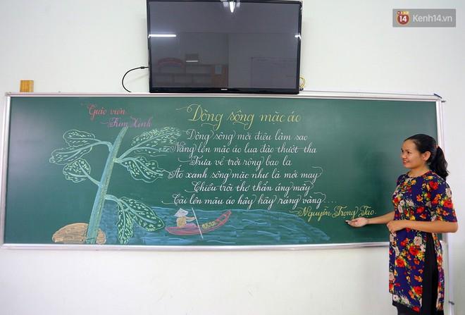 Gặp 18 cô giáo Quảng Trị viết chữ đẹp như vẽ tranh vừa gây sốt MXH: Học sinh trong trường chữ cũng siêu đẹp - Ảnh 3.