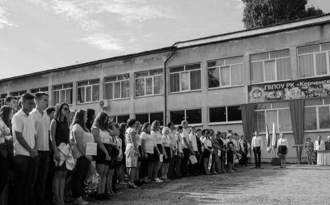 Tiết lộ sốc về thảm án ở Crimea: Nữ y tá đang sơ cứu nạn nhân thì biết con trai mình chính là kẻ xả súng