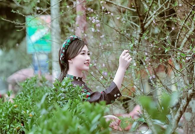 Nhan sắc xinh đẹp, sang chảnh của cô gái dân tộc Thái vừa kết hôn với Hà Việt Dũng - Ảnh 3.