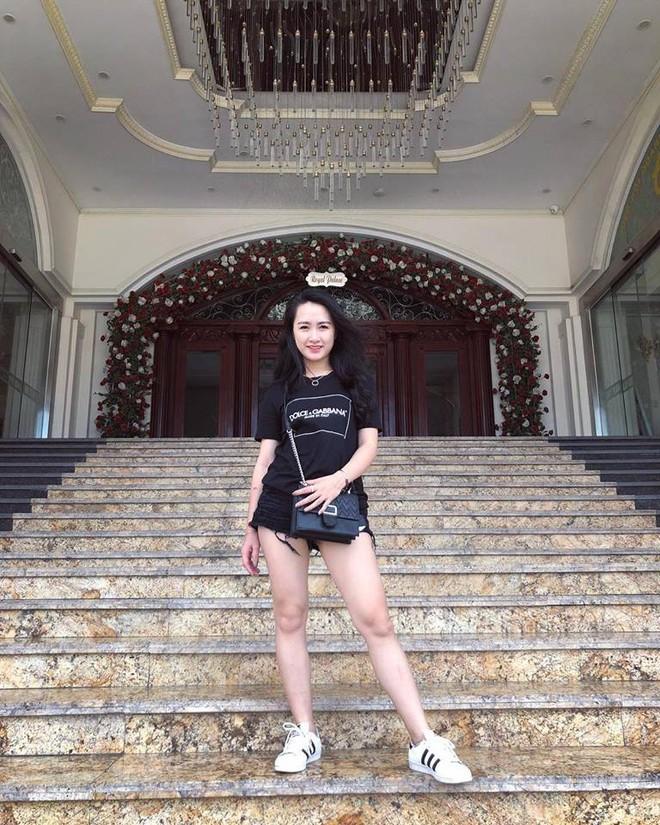 Nhan sắc xinh đẹp, sang chảnh của cô gái dân tộc Thái vừa kết hôn với Hà Việt Dũng - Ảnh 8.