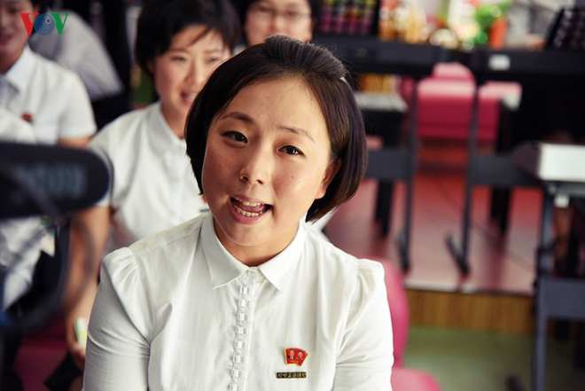 Cận cảnh quy trình rèn giũa các cô giáo tương lai của Triều Tiên - Ảnh 14.