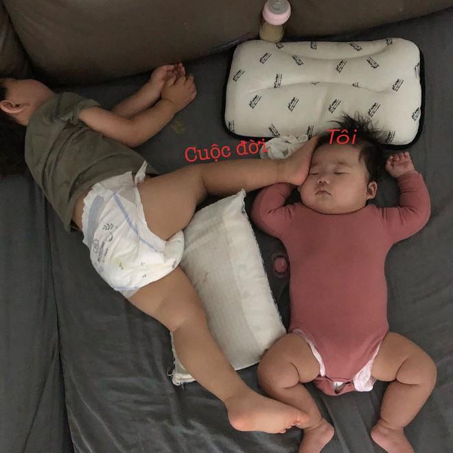 Slogan từ 1001 kiểu ngủ say của cậu nhóc Hàn Quốc: Chủ nhật chỉ cần ngủ đủ chứ chả cần ai! - Ảnh 4.
