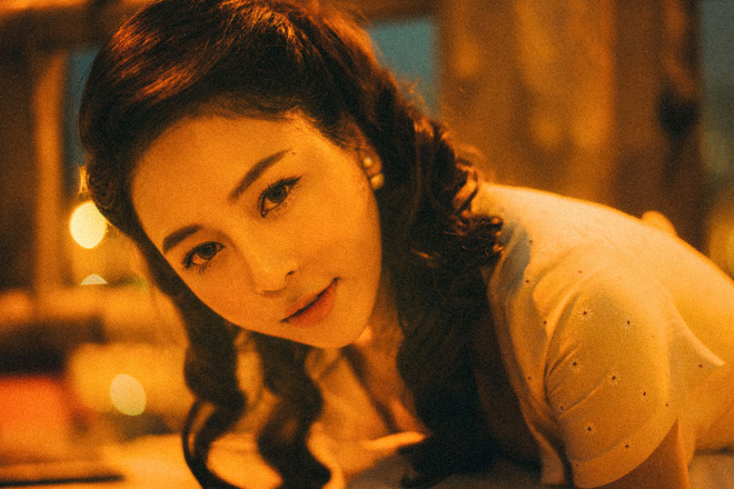 Hot girl Trâm Anh tiếp tục chụp ảnh sexy, hé lộ tin nhắn mời đi khách - Ảnh 4.