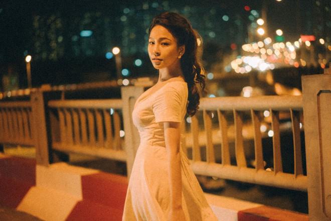 Hot girl Trâm Anh tiếp tục chụp ảnh sexy, hé lộ tin nhắn mời đi khách - Ảnh 7.