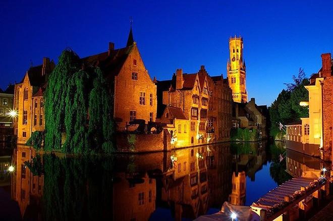 Du lịch châu Âu, bạn không nên bỏ qua những điểm đến hấp dẫn này - Ảnh 1.
