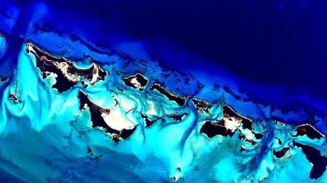 Trái đất đẹp không thể tin nổi dưới góc nhìn của phi hành gia trong gần một năm ngoài vũ trụ - Ảnh 3.