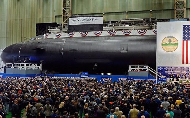 Hải quân Mỹ hạ thủy 2 tàu ngầm nguyên tử tấn công lớp Virginia