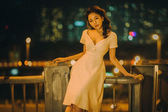 Hot girl Trâm Anh tiếp tục chụp ảnh sexy, hé lộ tin nhắn mời đi khách - Ảnh 12.