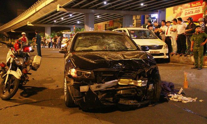 Dòng xe BMW 5-series nữ tài xế điều khiển gây tai nạn kinh hoàng được ứng dụng công nghệ an toàn nào? - Ảnh 1.