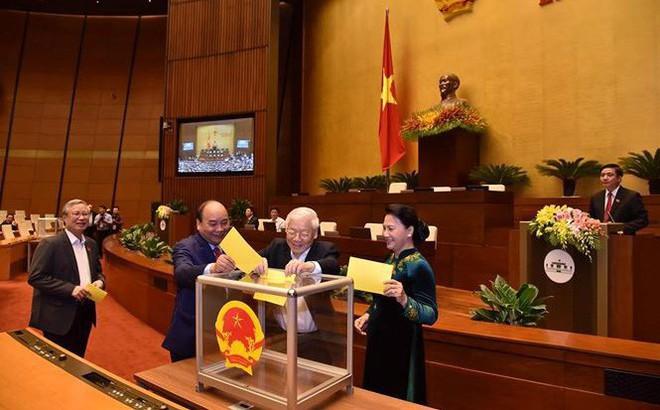 Quốc hội bỏ phiếu kín bầu Tổng Bí thư Nguyễn Phú Trọng làm Chủ tịch nước
