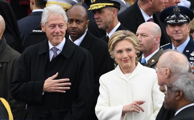 Phát hiện thiết bị nổ gần nhà riêng cựu Tổng thống Mỹ Bill Clinton, Barack Obama
