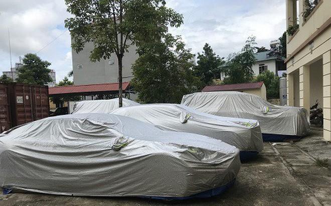 """Dàn siêu xe bị """"bỏ rơi"""" bên đường ở Bắc Kạn: Tin mới nhất từ phó chủ tịch huyện"""