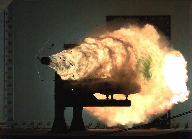 Vũ khí cực hiểm của Nga: Chỉ một đòn đánh, cả QĐ Mỹ tê liệt, đất nước chìm trong đêm tối! - Ảnh 1.