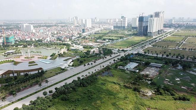Mãn nhãn với con đường có 10 làn chuẩn bị thông xe ở Hà Nội - Ảnh 1.