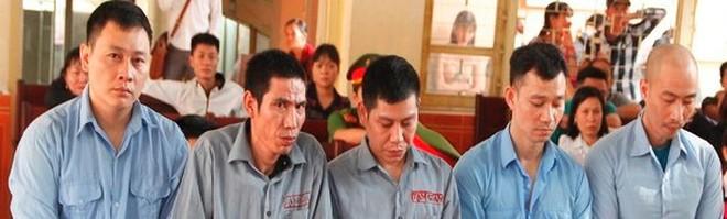 Ổ nhóm 'siêu trộm' đào 6 mét hầm trong hơn 1 tháng, kiếm bạc tỷ - Ảnh 1.
